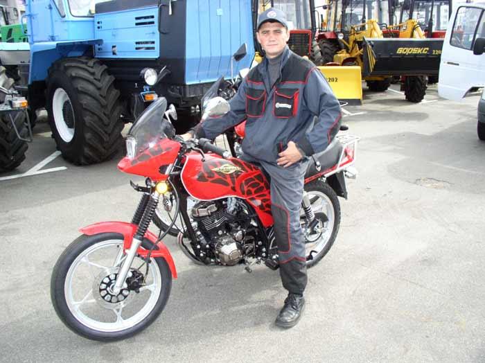 Мотоциклы минск 125 и defiant kirk близнецы