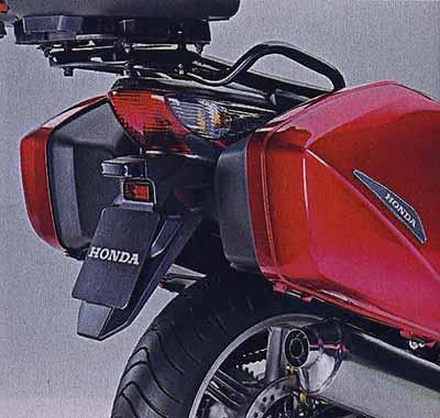 Японцы итальянской марки. Новые родстеры HONDA: CBF600, CBF600S И CB1000R.